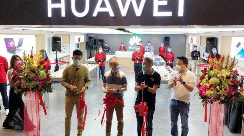 Buka 2 HES Baru di Jakarta, Huawei Suguhkan Experience Lengkap