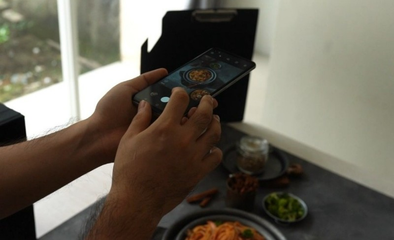 Food Photo Tips for a Culinary Business Using the Galaxy A21s