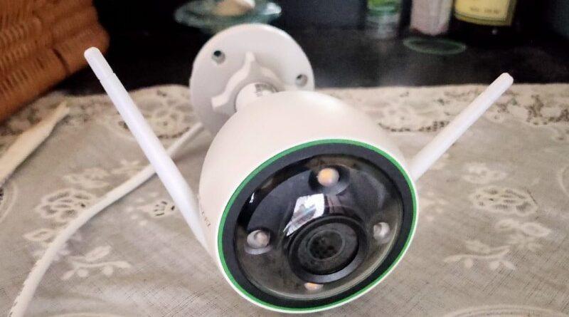 EZVIZ C3N, Kamera CCTV Outdoor dengan Tiga Mode Penglihatan