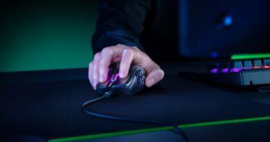 Razer Naga X, Mouse Gaming Ringan dan Powerful Buat MMO