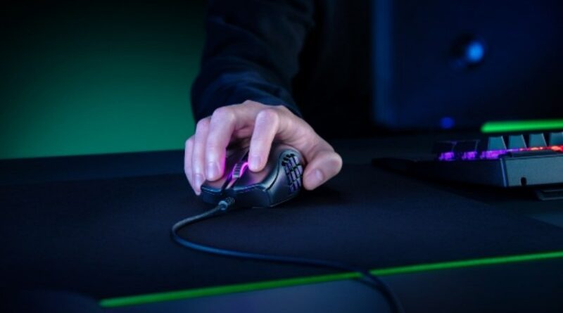 Razer Naga X, Mouse Gaming Ringan dan Powerful Buat MMO