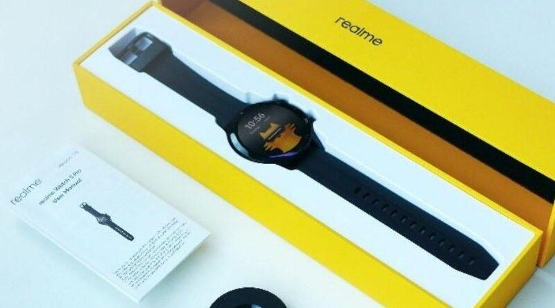 Unboxing realme Watch S Pro, Intip Penampakannya