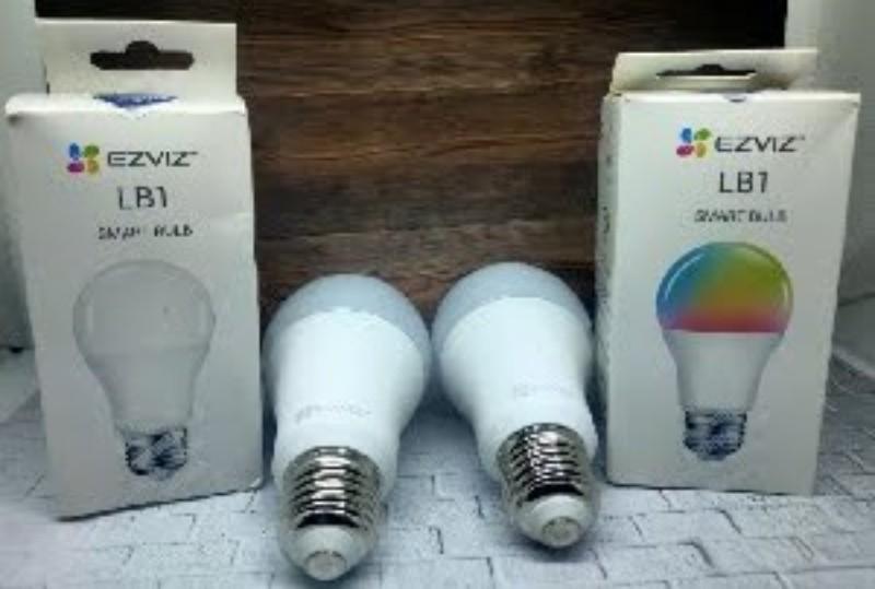 EZVIZ LB1 White dan LB1 Color Bulb