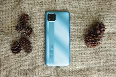 Review Realme C11 2021: Kelebihan, Kekurangan, Harga & Spesifikasi HP