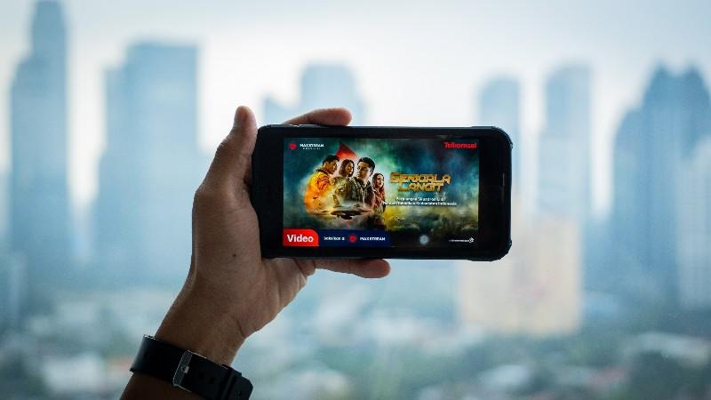 MAXstream Rilis Film Orisinal Serigala Langit di Momen HUT Kemerdekaan RI